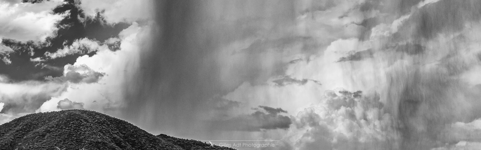 Trombes d'eau aux Epupa falls